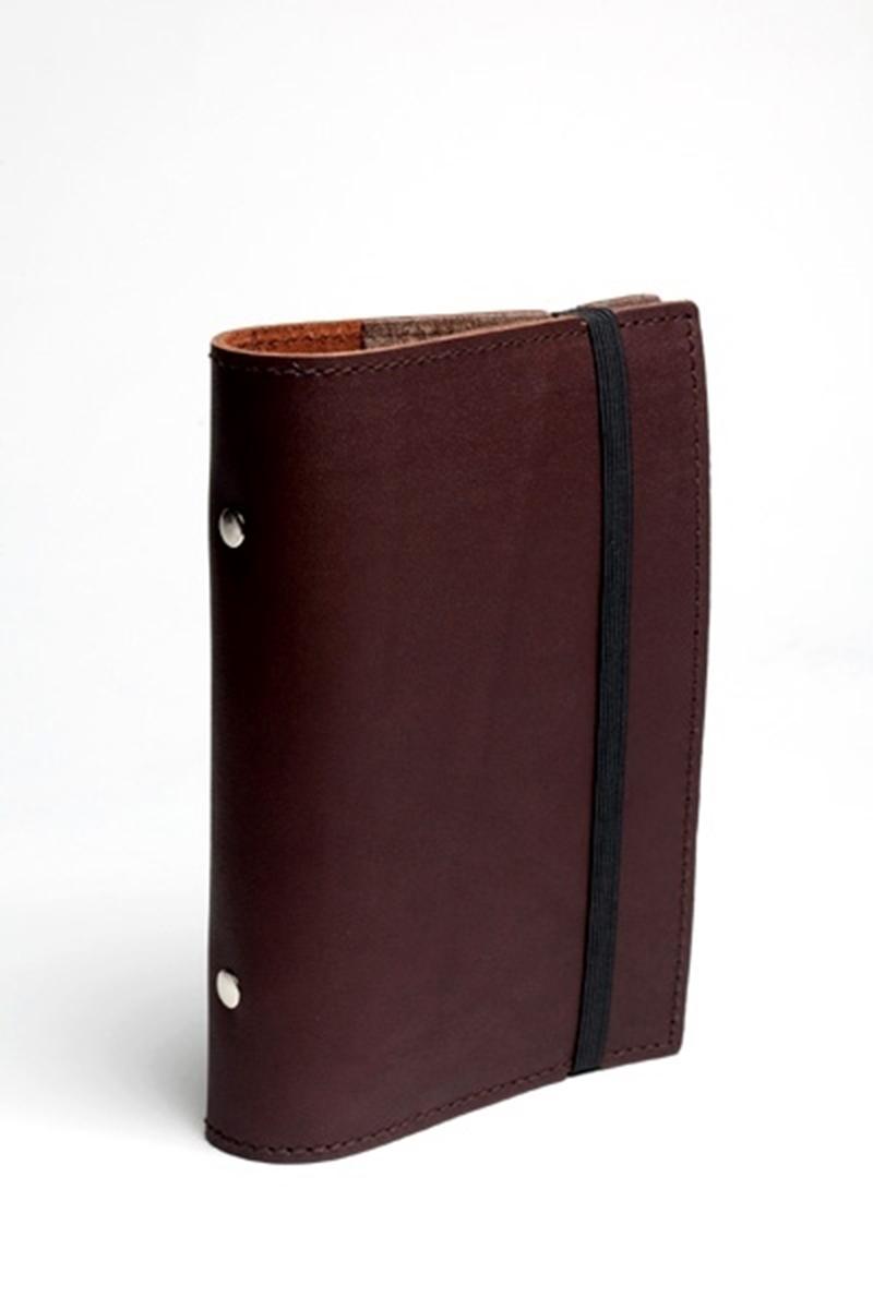 carnet de notes en cuir avec fermeture lastique. Black Bedroom Furniture Sets. Home Design Ideas
