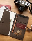compagnon de voyage-porte passeport-chic-cuir-design-femme-homme-cadeau-affaire-voyage