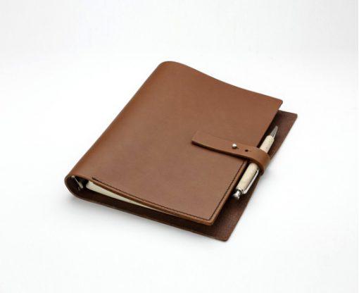 organiseur agend en cuir fermoir clou carnet de notes en cuir rechargeable. Black Bedroom Furniture Sets. Home Design Ideas