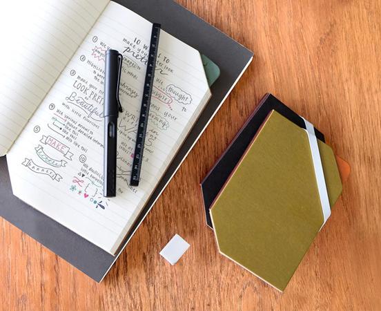 carnet de notes couverture rigide en papier recycl triangle. Black Bedroom Furniture Sets. Home Design Ideas