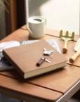 carnet-note-livre-or-cuir-agenda-lakange-labrador
