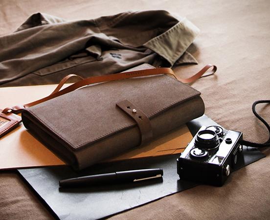 porte-carnet-note-trousse-cuir-porte-calepin-lakange-labrador-cadeau-affaire