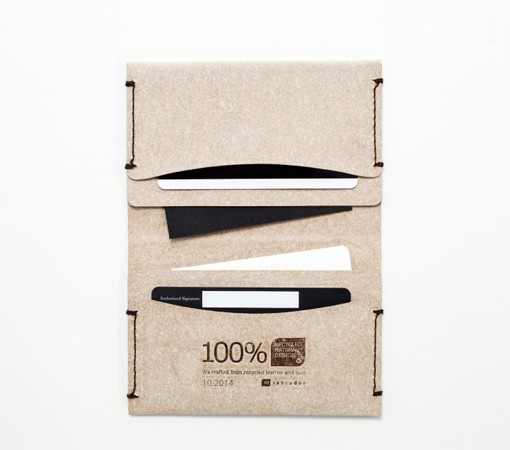 porte carte-labrador-cuir-recycle-cuir-lakange-portecarte navigo.7