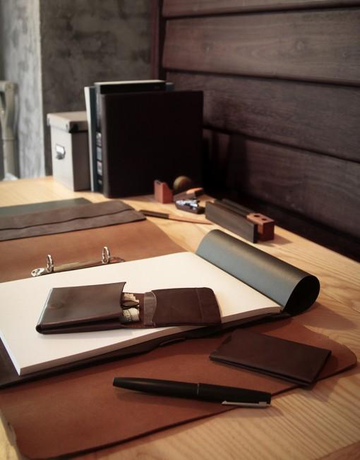porte feuille-porte monnaie-cuir-chic-homme-femme-design-lakange-a4-classeur-labrador