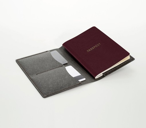 portepassport cuir-porte carte-labrador-cuir-recycle-cuir-lakange-porte passeport.3
