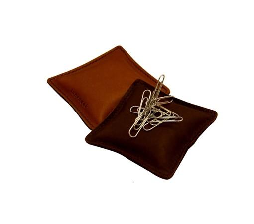 presse papier-cuir-affaire-cadeau-lakange-labrador-design-bureau-accessoires-chic