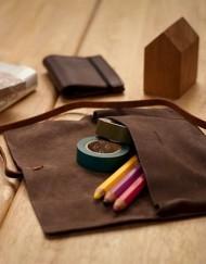 trousse-pochette-cuir-chic-blague à tabac-bijoux-bijou-cadeau-affaire-homme-femme-lakange-labrador-ecriture-maquillage-voyage-lunettes (8)