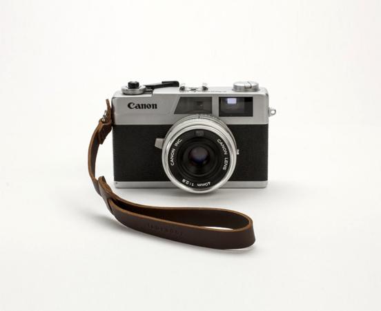 Dragonne en cuir pour appareil photo