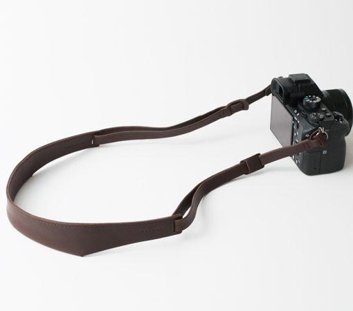 lanière-cuir-appareil-photo-anse-cuir-bandoulière-lakange-labrador-tour-de-cou