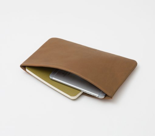 trousse-pochette-cuir-lakange-labrador-papeterie-maroquinerie-crayons-stylos
