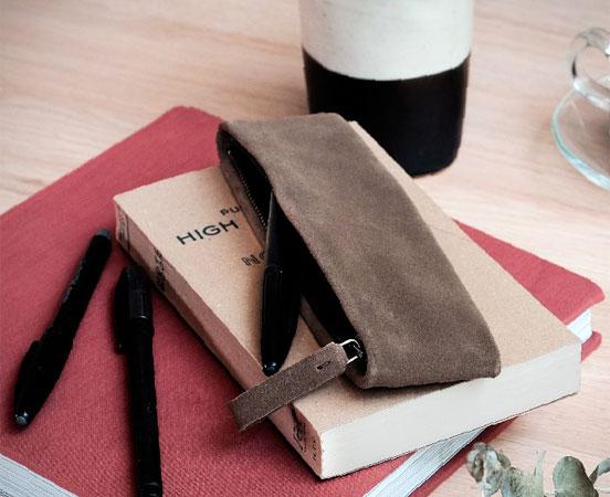 pochette-trousse-etui-cuir-cadeaudaffaire-cadeauentreprise-labrador-30