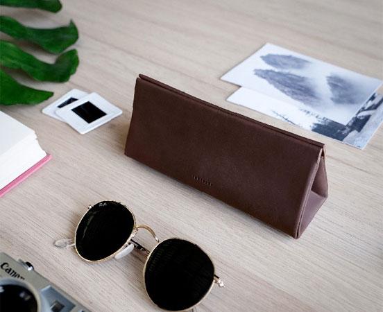 pochette-trousse-etui-cuir-cadeaudaffaire-lunettes-cadeauentreprise-labrador-31